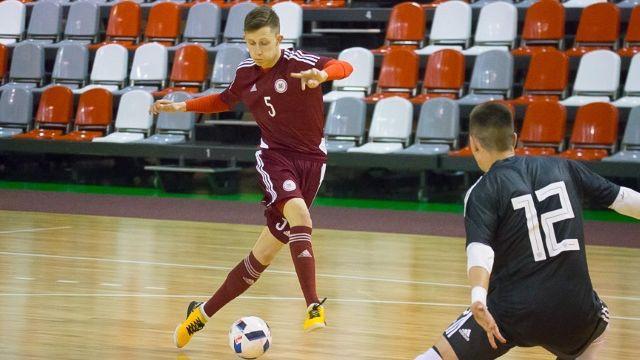 U19 telpu futbola izlase Valmierā ielaiž 14 vārtus pret Krieviju