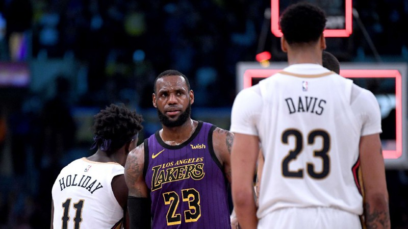"""Deivisa sāgas beigas: """"Lakers"""" atdod Bolu, Ingremu, Hārtu un trīs 1. kārtas izvēles"""