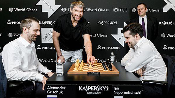 """Ovečkins veic pirmo gājienu, Ņepomņaščijs uzvar sezonas pirmajā """"Grand Prix"""""""