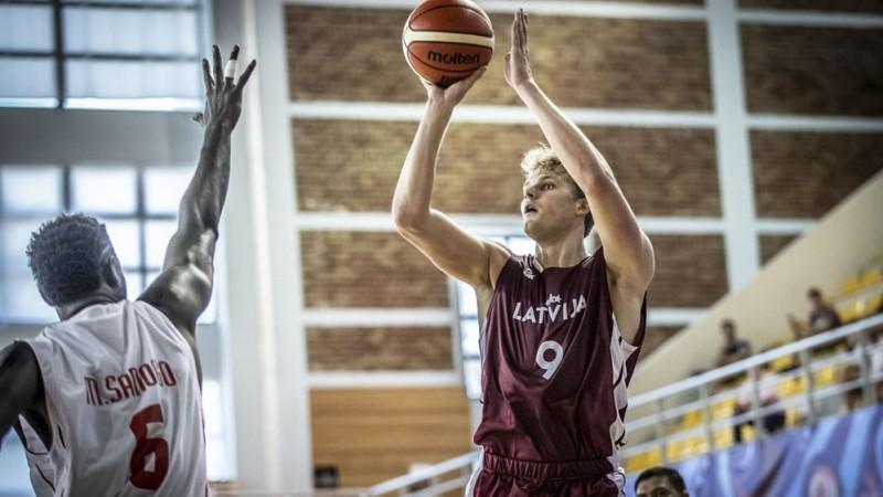 U20 izlasei Eiropas čempionātā palīdzēs trīs basketbolisti no U19 Pasaules kausa