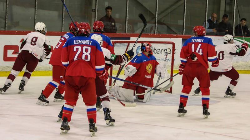 U18 hokejisti atspēlējas no 1:3, bet zaudē Krievijai bullīšos