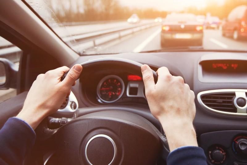 Drošība uz ceļa pirmajā vietā - 5 padomi drošai braukšanai ar auto