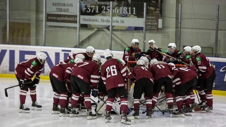 Latvijas kadetu un jauniešu hokeja izlasēm mainīgas sekmes pret Norvēgiju