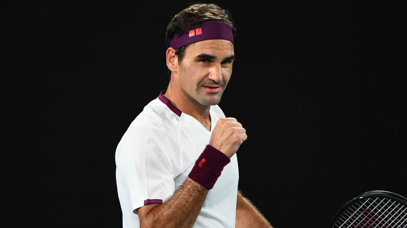 """Atspēlējot septiņas mačbumbas, Federers sasniedz """"Australian Open"""" pusfinālu"""