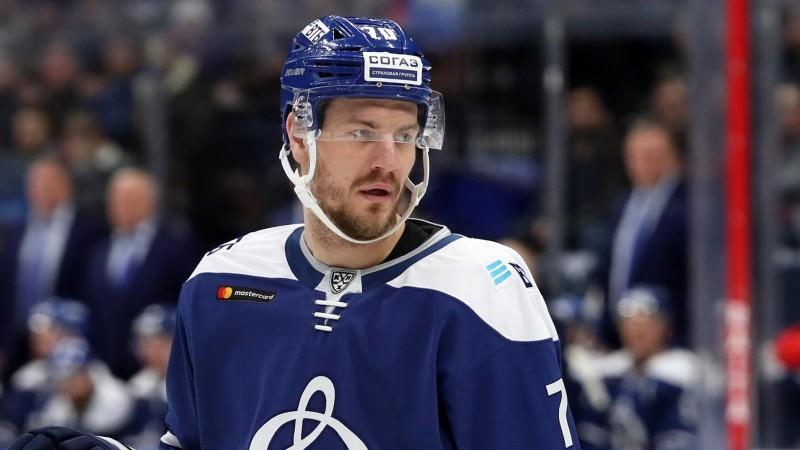 """Koronavīrusa izplatības dēļ KHL neturpinās """"play-off"""", sezona beidzas arī Indrašim"""