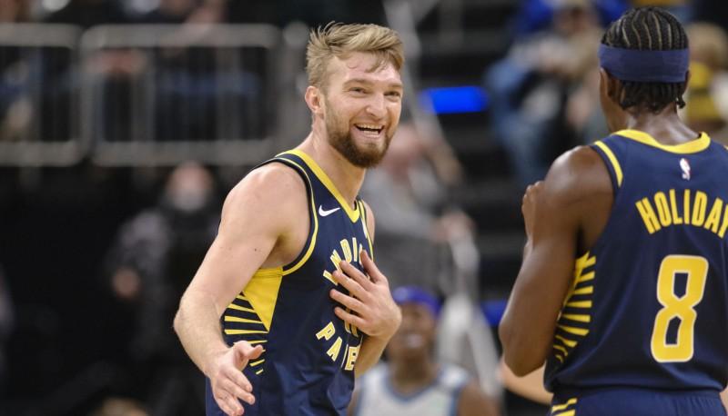 """Sabonim 21+15+9, Džeimss iemet 40, """"Bucks"""" 50. uzvara sezonā"""