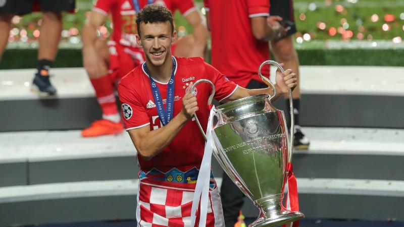 "Eiropas čempione ""Bayern"" neizpirks arī Perišiču, ""Milan"" pastiprinās ar talantīgo Tonali"