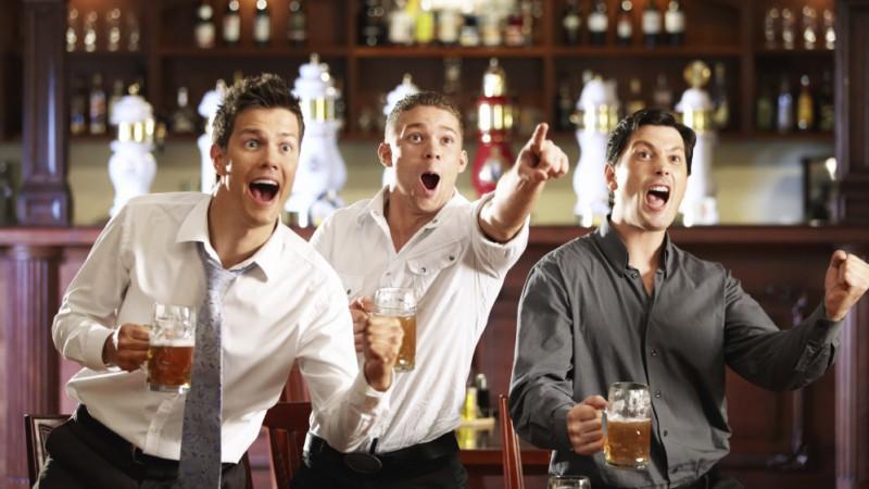 Pavadi brīvo laiku ar draugiem sportiskā atmosfērā