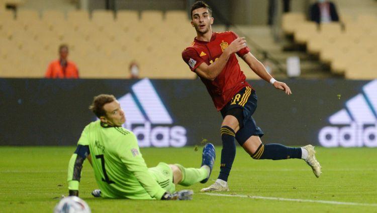 Spānija ar 6:0 sabradā Vāciju un uzvar grupā, Fēru salas spēlēs C līgā