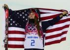 Amerikānietei Boumenai zelts frīstailā uz rampas