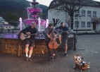 """Video: """"Rīga - Karpati"""" 3. diena: Jubalta un Mihelsona izaicinājums pieņemts - tapis koncerts"""