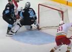 Video: KHL sezonas atvairījumos triumfē Baltkrievijas izlases kandidāts no Kanādas