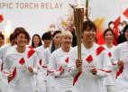 Olimpiskā uguns nodziest Tokijas spēļu lāpas stafetes pirmajā dienā
