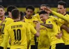 Dortmunde grauj otrās Bundeslīgas klubu un iekļūst finālā