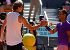 Zverevs čempionu duelī Madridē pirmoreiz uz māla pieveic Nadalu