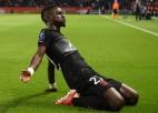 PSG joprojām bez zaudētiem punktiem Francijā, Liona atspēlējas mazākumā