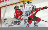 """Video: """"Blackhawks"""" un """"Lightning"""" pagarinājums pārvēršas par hokeja izrādi"""