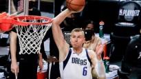 Porziņģim divi uznācieni NBA dienas momentos