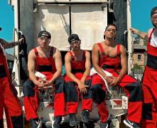 Video: Bermudu Divstūrim jaunas profesijas un ''Kāposts kasē''