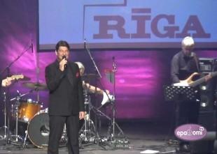 Video: Koncertzāle RĪGA ar skaistu Ivara Vīgnera dziesmu koncertu nosvin gada jubileju