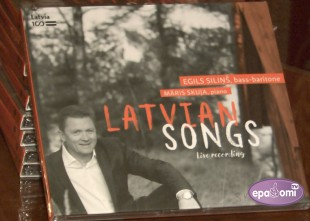 Video: Egils Siliņš iemūžinājis latviešu klasiķu dziesmas CD formātā