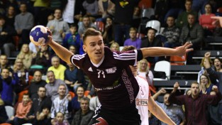 """""""Ogres"""" un """"Latgola"""" handbolisti piedzīvo otrās sakāves Lietuvā"""