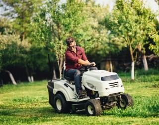 6 padomi, kas palīdzēs nodrošināt dārza traktora ilgtspēju