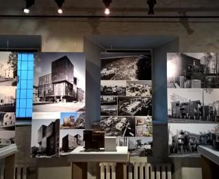"""Arhitektu biroja """"SZK"""" jubilejas izstāde """"20/50"""" Latvijas Arhitektūras muzejā skatāma līdz 27. novembrim"""