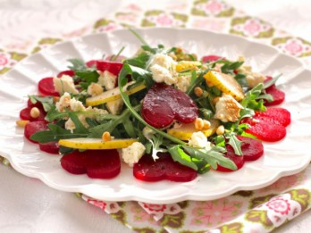 Ātrie mīlestības svētku salāti