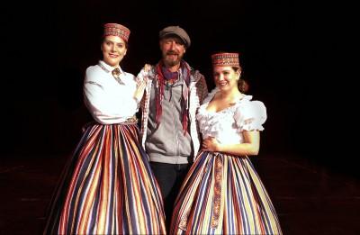 """Daugavpils teātrī gaidāma pirmizrāde """"Īsa pamācība mīlēšanā"""""""