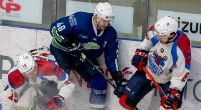 Skrastiņa balvu kā sezonas labākais OHL aizsargs iegūst Krišjānis Rēdlihs