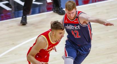 """Bertānam 14 punkti, """"Wizards"""" beigās nespēj iemest un zaudē Atlantai"""