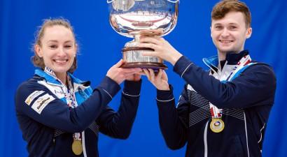 Skotijas kērlingisti pirmo reizi izcīna pasaules jaukto pāru čempionāta medaļu, turklāt zelta