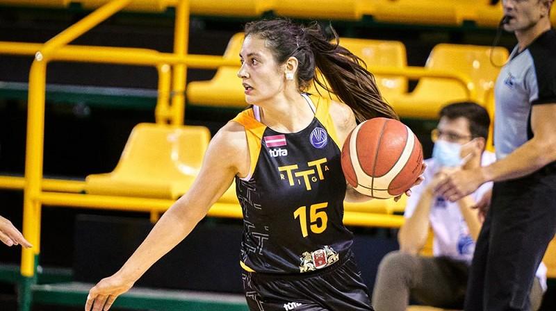 Ieva Pulvere: 15 punkti uzvarā pār RSU. Foto: EuroLeague Women