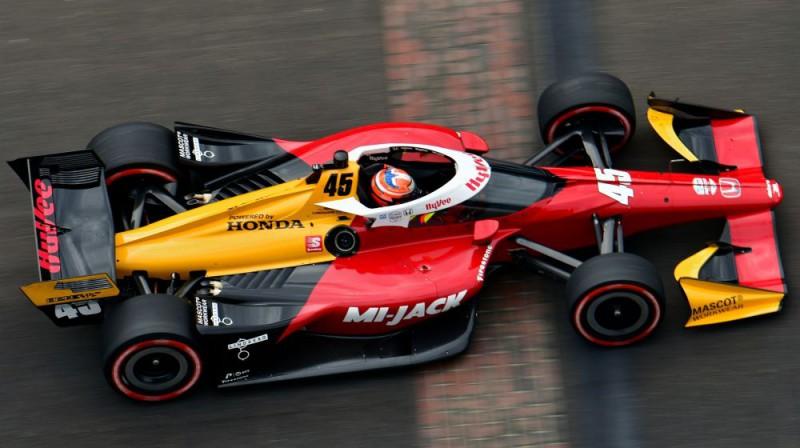 "Kristians Lundgārds ""IndyCar"" sacīkstēs. Foto: indycar.com"