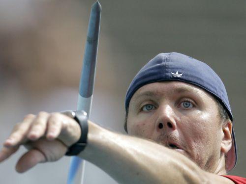 Latvija atkal paliek bez fināla vīru šķēpmešanā