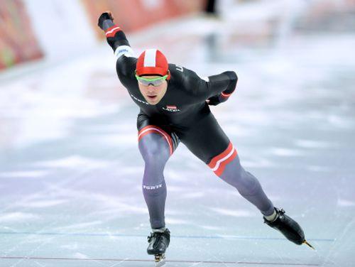 Silovam 14. vieta 1500 metros, negaidīti triumfē poļu ugunsdzēsējs