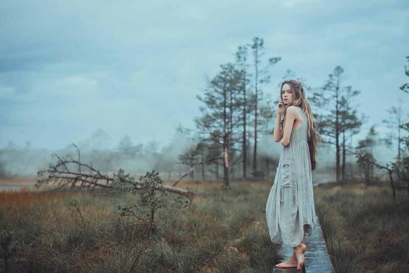 Ienirsti Igaunijas ainavās, kur mīt Igaunijas folkloras mitoloģiskie tēli