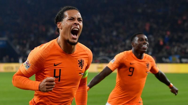 Nīderlande apbrīnojami atspēlējas pret Vāciju un izrauj uzvaru grupā