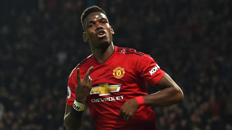 """Manchester United"" uzvar ""Burnley"" un kļūst par Premjerlīgas līderi"