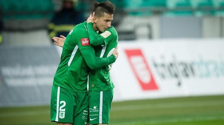 Maksimenko iesit savos vārtos sāpīgā zaudējumā cīņā par Slovēnijas zeltu