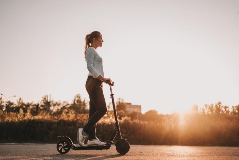 Kas jāņem vērā, lai braukšana ar elektrisko skrejriteni būtu ne tikai patīkama, bet arī droša?