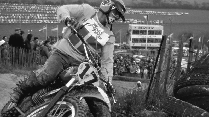 Miris divkārtējais pasaules motokrosa čempions Ābergs