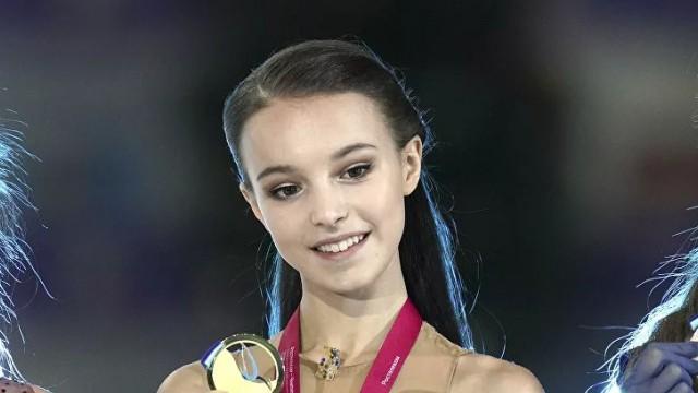 Daiļslidošanas pasaules čempionātā krievietes pirmoreiz aizņem sieviešu pjedestālu