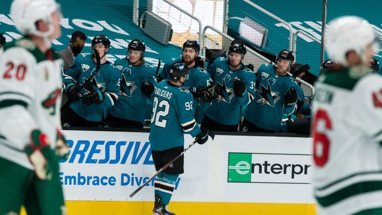 """Balcera ceturtie vārti sezonā kaldina """"Sharks"""" uzvaru mājās"""