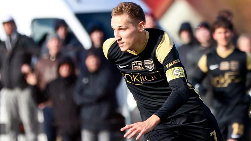 Krollis nosaukts par Virslīgas pirmā apļa labāko jauno futbolistu
