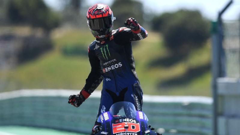 """Kvartararo triumfē otrajā """"MotoGP"""" posmā pēc kārtas, leģendārais Markess atgriežas"""