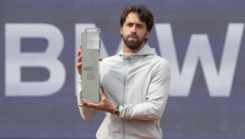Basilašvili trešo reizi uzvar Vācijas turnīrā, Ramoss atspēlējas Portugālē