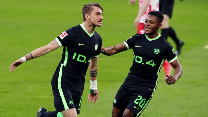 Leipciga izglābjas un nodrošina sudrabu, Volfsburga un Dortmunde - Čempionu līgā