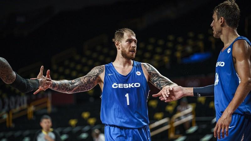 Čehijas basketbolistiem uzvara OS debijā, Fonteko 5/5 tālmetienos pret Vāciju